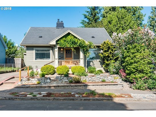 6825 N Commercial Ave, Portland, OR - USA (photo 1)