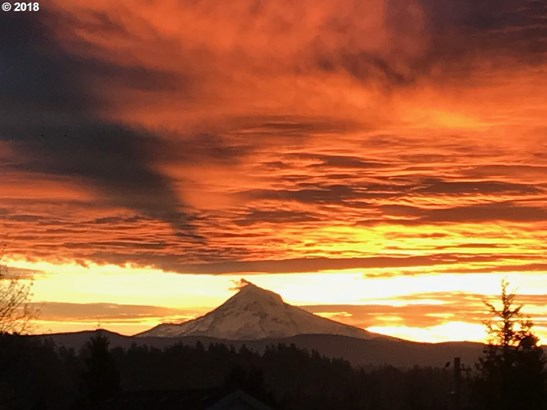 2014 Sw Sunrise Cir, Troutdale, OR - USA (photo 3)