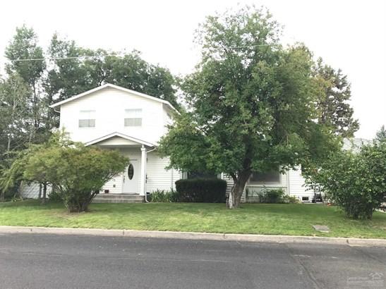 1391 Northeast Del Norte Avenue, Prineville, OR - USA (photo 1)