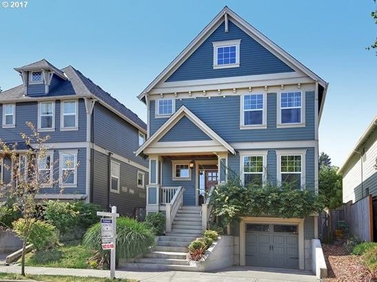 838 N Russet St, Portland, OR - USA (photo 1)