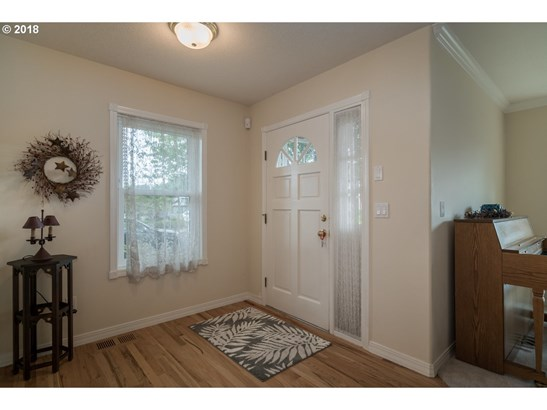 13683 Se 127th Ave, Clackamas, OR - USA (photo 4)