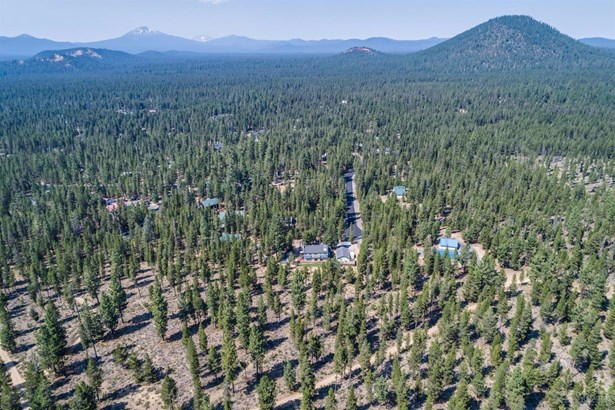 54811 Lonesome Pine Road, Bend, OR - USA (photo 1)