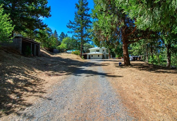 4951 Griffin Creek Road, Medford, OR - USA (photo 1)