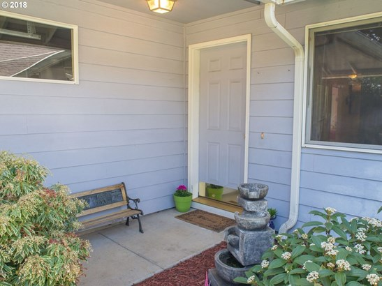 830 Benjamin Ave, Cottage Grove, OR - USA (photo 2)