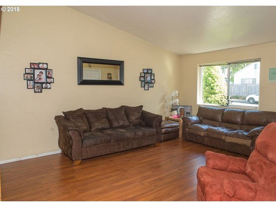 830 Benjamin Ave, Cottage Grove, OR - USA (photo 4)