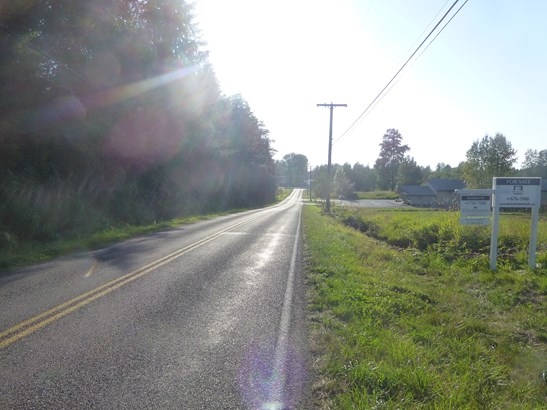 6 acres zoned light industrial ready to build on (photo 3)
