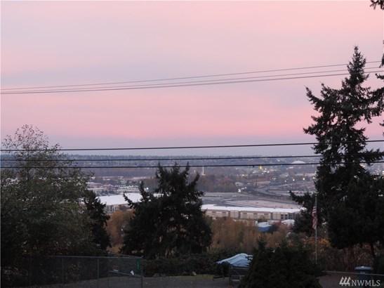 205 62nd Ave E, Tacoma, WA - USA (photo 2)