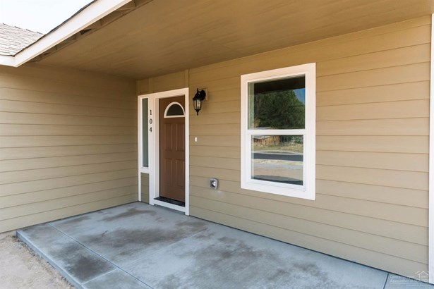 104 Northeast Buena Villa Drive, Prineville, OR - USA (photo 2)