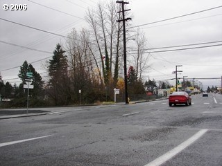 N 15th And St Helens Rd, St. Helens, OR - USA (photo 2)
