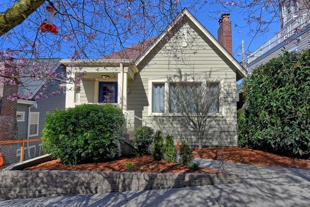 1016 W Howe St, Seattle, WA - USA (photo 1)
