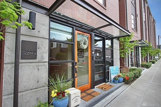3205 W Lynn St, Seattle, WA - USA (photo 2)