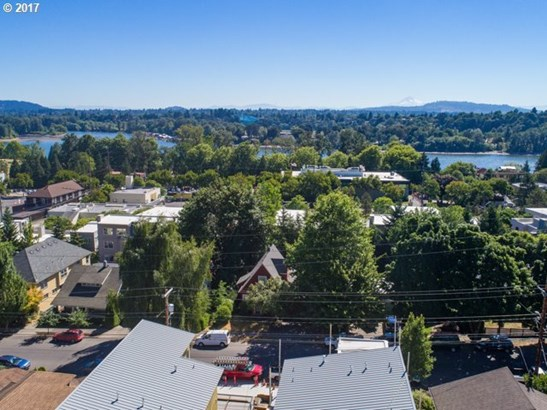 Sw Virginia Pl 6, Portland, OR - USA (photo 3)