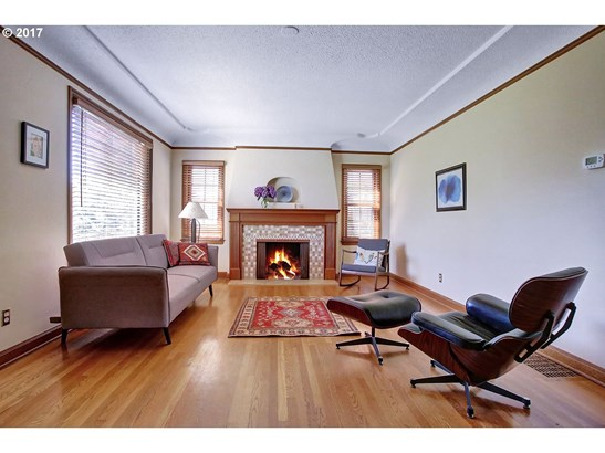 3265 Ne Fremont St, Portland, OR - USA (photo 3)