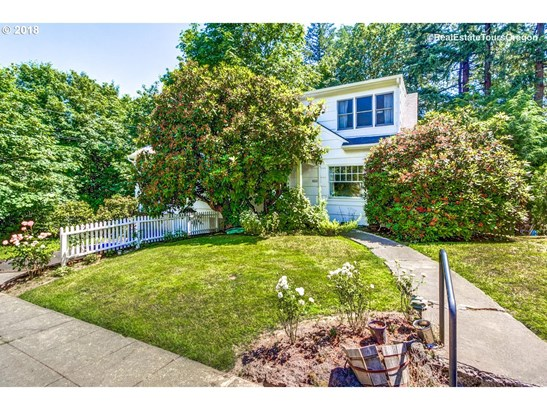 3512 Sw Beaverton Ave, Portland, OR - USA (photo 2)