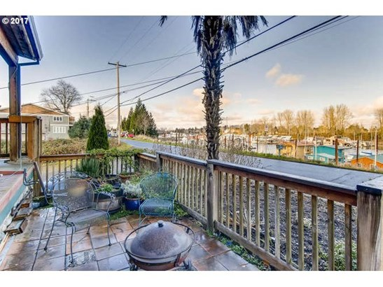 8 N Bridgeton Rd, Portland, OR - USA (photo 4)