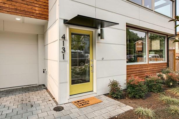 4131 Chilberg Ave Sw, Seattle, WA - USA (photo 2)