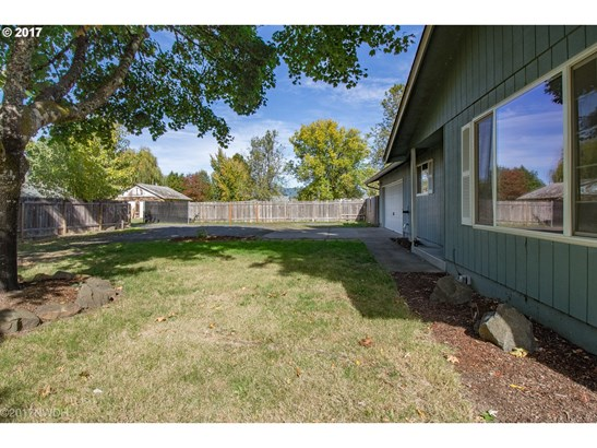427 35th St, Springfield, OR - USA (photo 5)