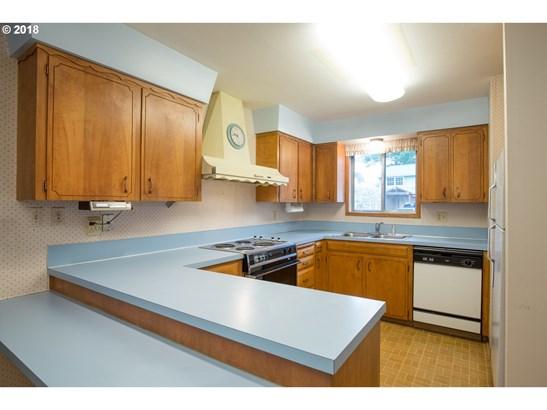 8125 Sw 89th Ave, Portland, OR - USA (photo 3)