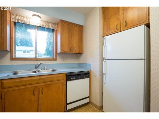 8125 Sw 89th Ave, Portland, OR - USA (photo 4)