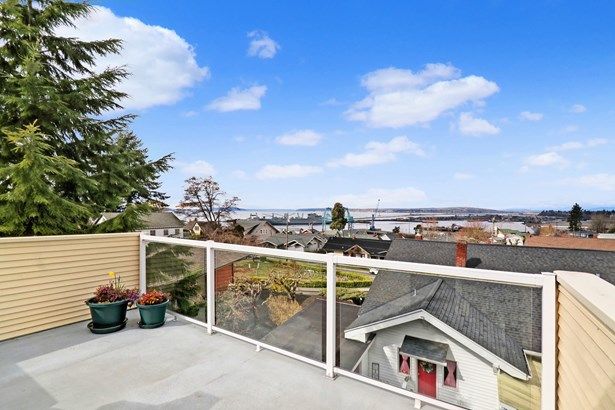 703 Niles Ave, Everett, WA - USA (photo 1)