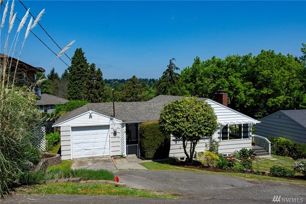 3264 Ne 104th St, Seattle, WA - USA (photo 2)