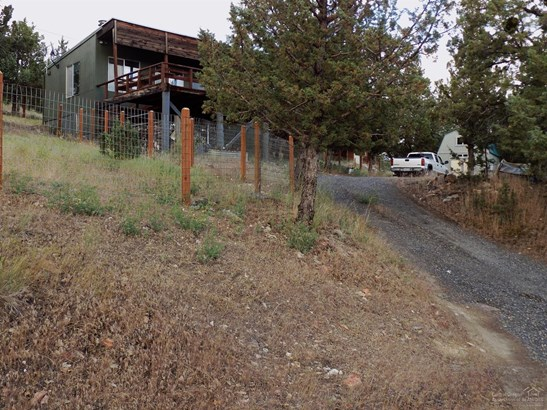 11444 Northwest Lister Avenue, Prineville, OR - USA (photo 2)