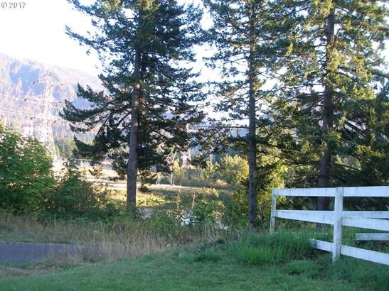 E Cascade, North Bonneville, WA - USA (photo 3)