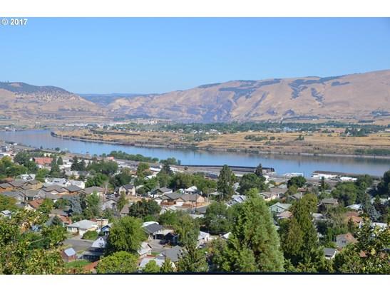 1527 E 18th St, The Dalles, OR - USA (photo 2)