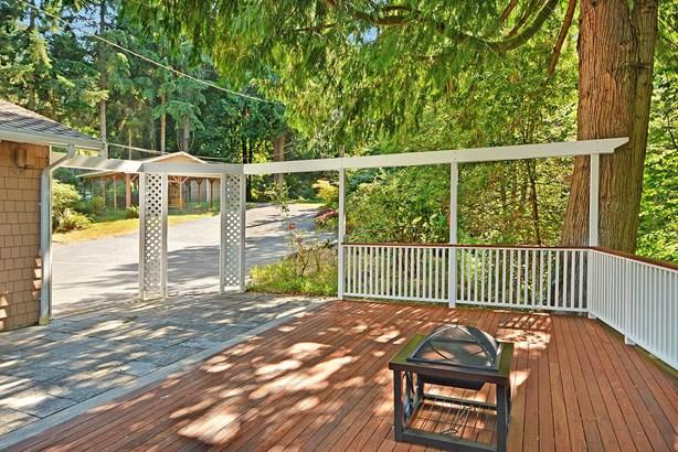 3010 Ne 176th St, Lake Forest Park, WA - USA (photo 1)