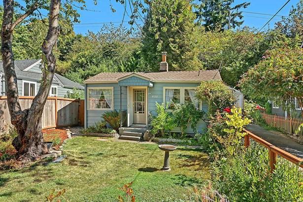 4722 26th Ave Sw, Seattle, WA - USA (photo 1)