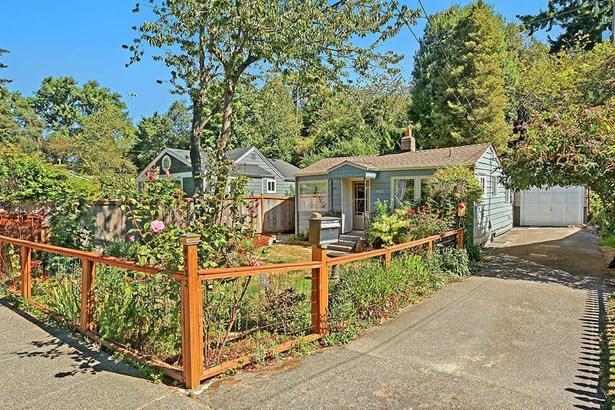 4722 26th Ave Sw, Seattle, WA - USA (photo 2)