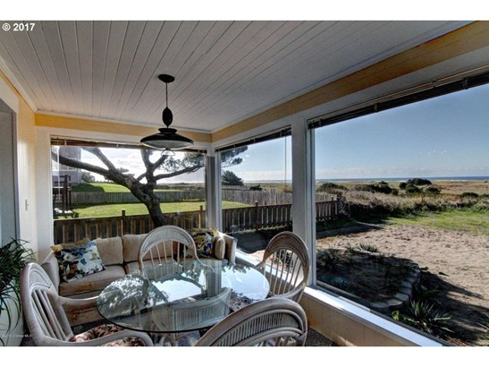 402 S Ocean Ave, Gearhart, OR - USA (photo 2)