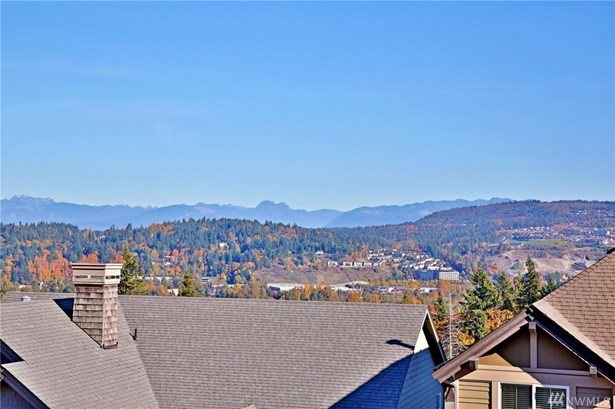 831 Lingering Pine Dr Nw, Issaquah, WA - USA (photo 2)