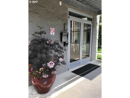 3930 Abbey Ln 207, Astoria, OR - USA (photo 2)