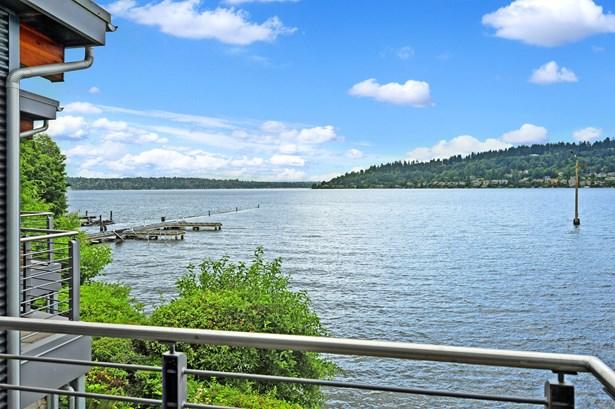 3907 Lake Washington Blvd N, Renton, WA - USA (photo 5)