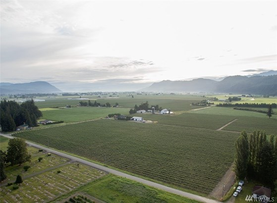 9430 Sumas Road, Sumas, WA - USA (photo 4)