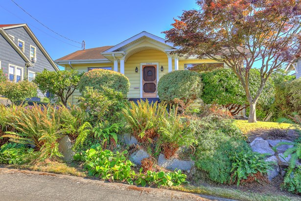 3407 NW 64th St (photo 1)