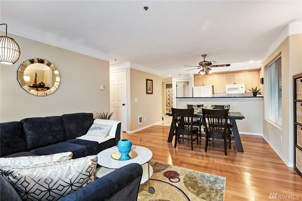 15345 Sunwood Blvd D301, Tukwila, WA - USA (photo 3)