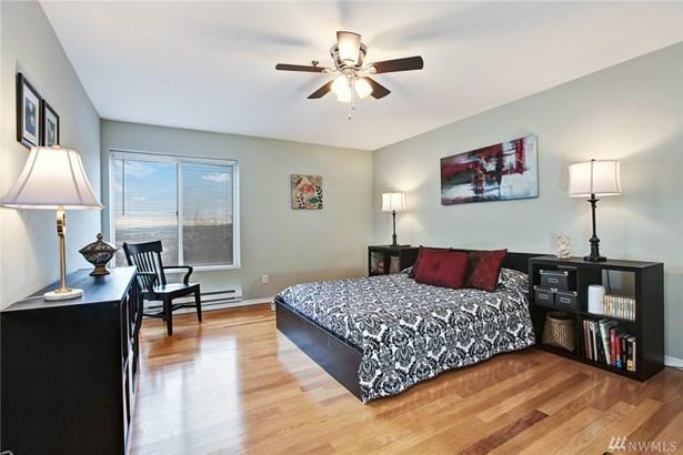 15345 Sunwood Blvd D301, Tukwila, WA - USA (photo 5)
