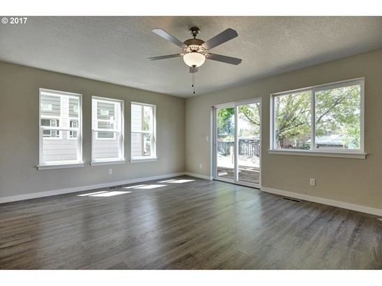 339 Nw Freeman Ave, Hillsboro, OR - USA (photo 5)