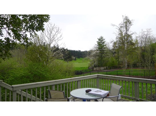 2695 Emerald St, Eugene, OR - USA (photo 3)