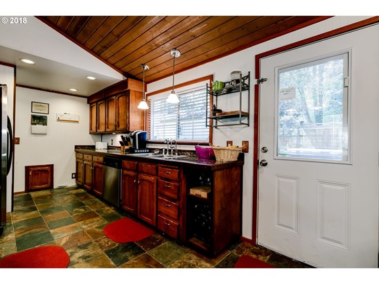 529 S 71st St, Springfield, OR - USA (photo 5)