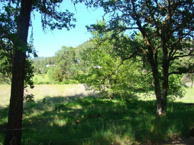 2601 Indian Creek Road, Shady Cove, OR - USA (photo 2)