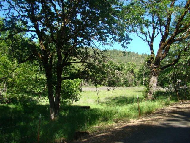 2601 Indian Creek Road, Shady Cove, OR - USA (photo 3)