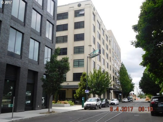 1400 Nw Irving St, Portland, OR - USA (photo 1)