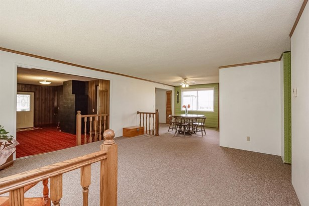 5872 Tamarack Lane, Central Point, OR - USA (photo 5)