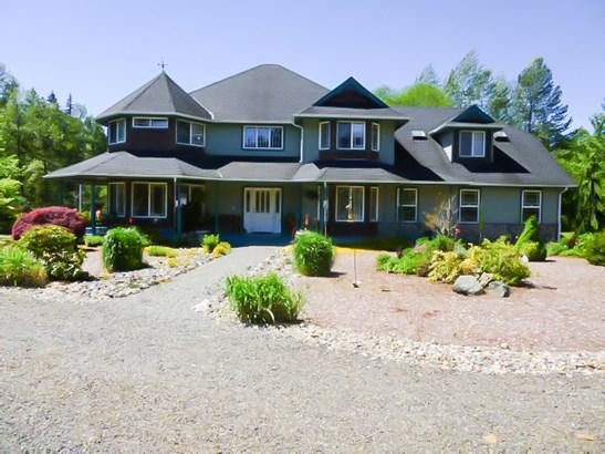 Main House (photo 1)