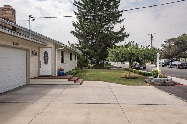 5330 Sturdivant Avenue, Klamath Falls, OR - USA (photo 3)