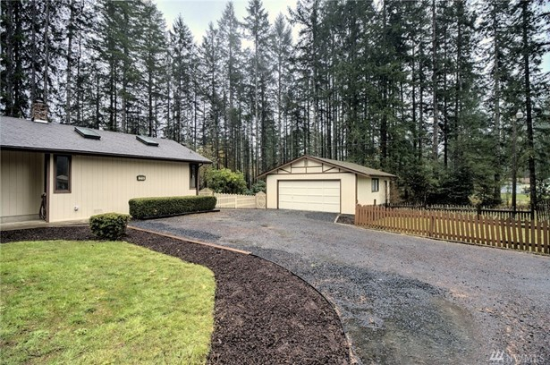 216 E Delanty Rd, Shelton, WA - USA (photo 2)