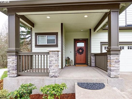 7501 Ne Owens St, Hillsboro, OR - USA (photo 2)